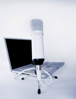 Microphone and laptop for recording