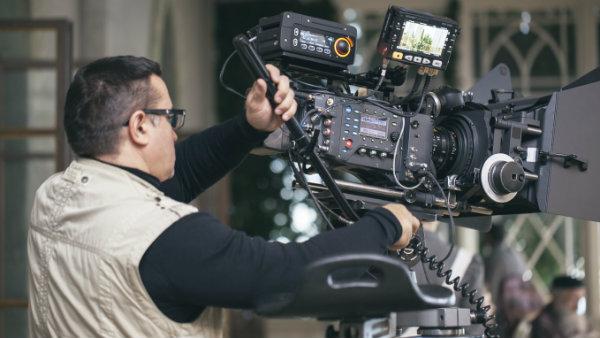 Camera Operators: Schools and Careers