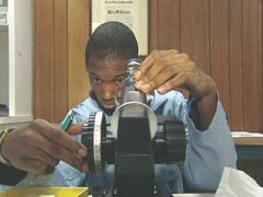Ophthalmic Laboratory Technicians picture